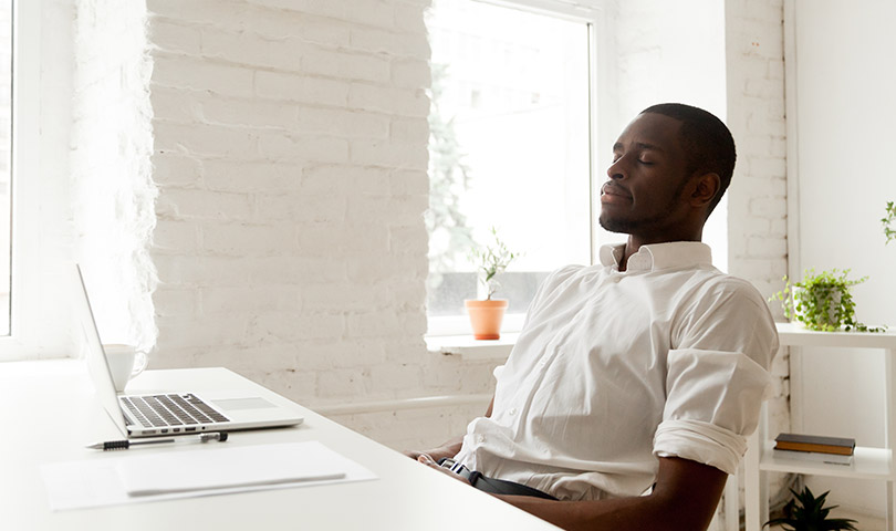 5 activités pour réduire le stress au travail