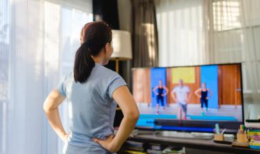 Télétravail : 12 vidéos d'entraînements proposées par des kinésiologues